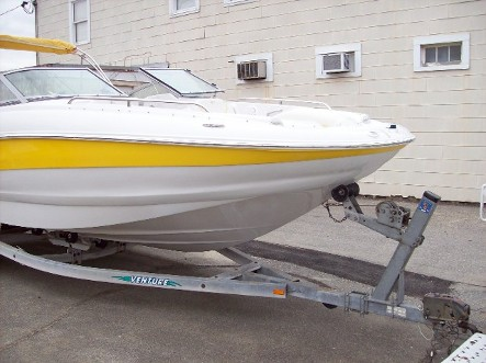 Fiberglass Boat Repair and Maintenance Services in Chesapeake Beach, Maryland